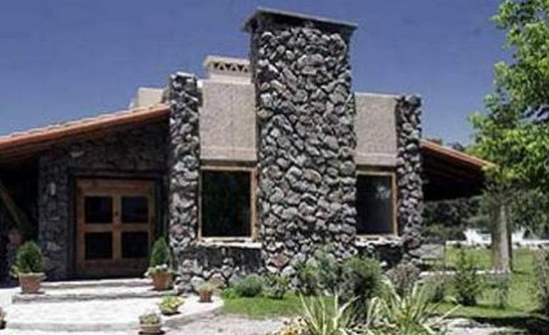 Hoteles Rurales Lares De Chacras - Chacras de coria / Mendoza